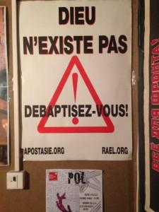 POL-DIEUNEXISTEPAS